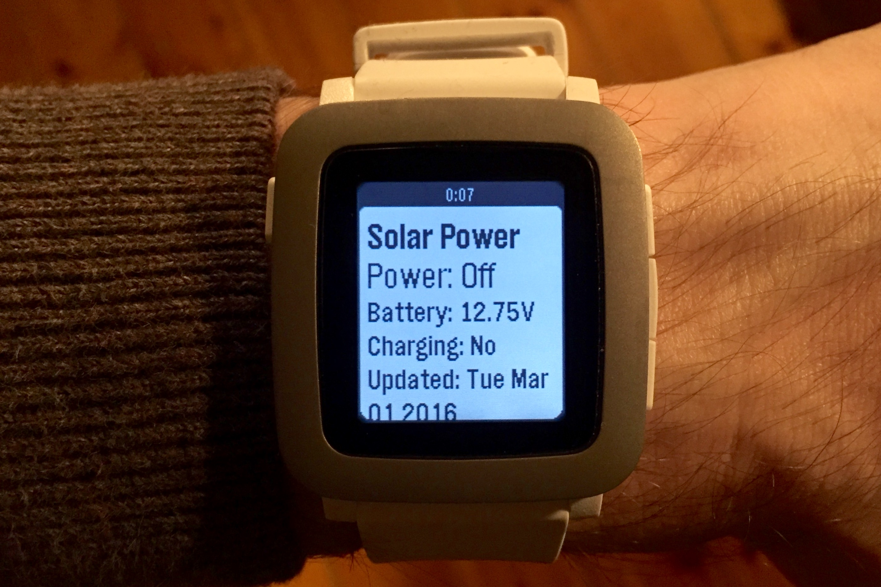 Pebble Time Watch Solar Panel Energy Stats App